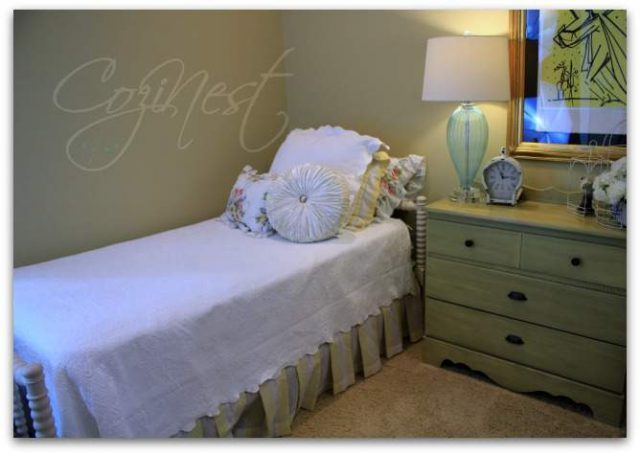 Jenny Lind Twin Bed