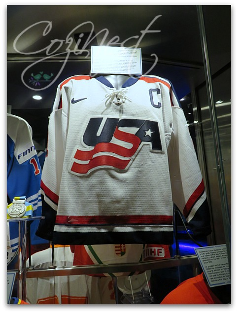 usa hockey sweater