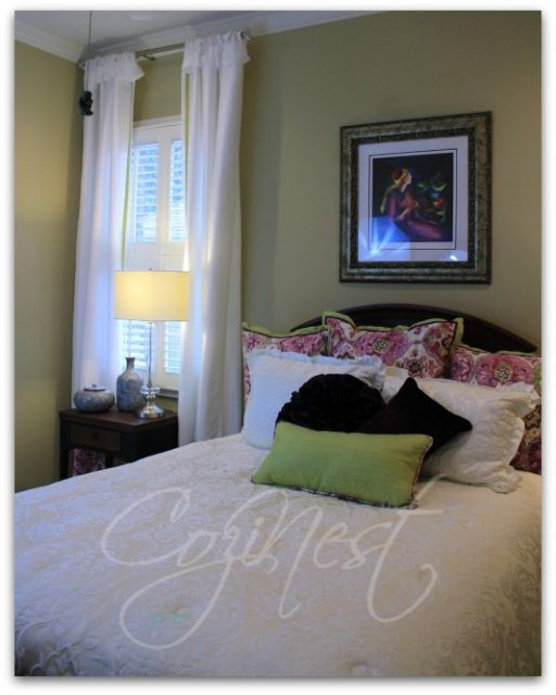 Purple, Green and White Guest Room