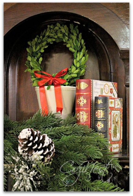 garland books wreath