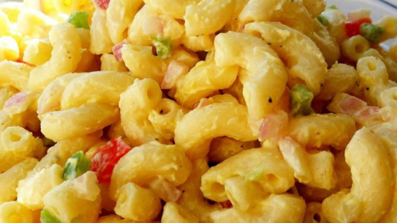 Comfort Food Macaroni Salad