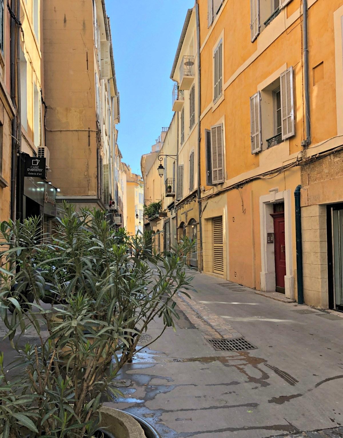 Side Street Aix en Provence