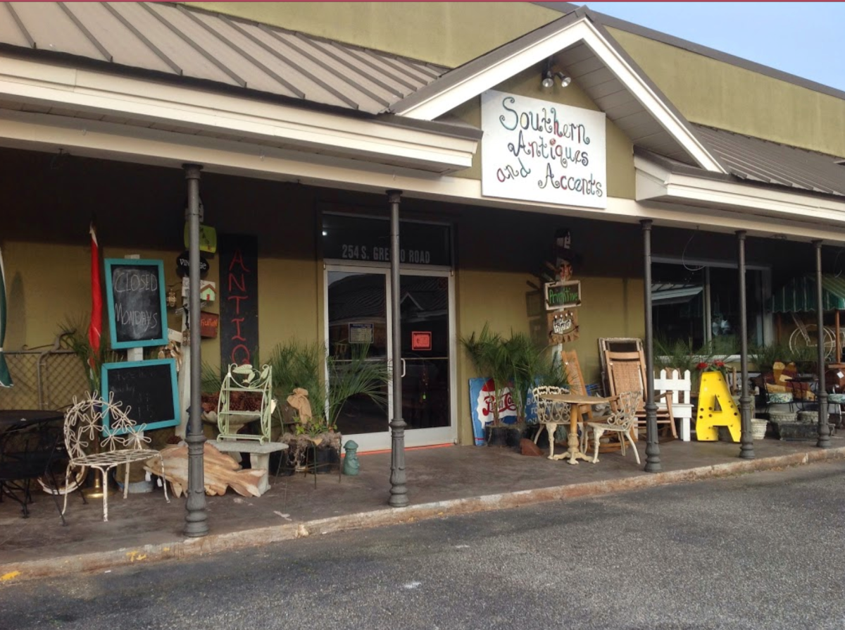 Southern Antiques & Accents